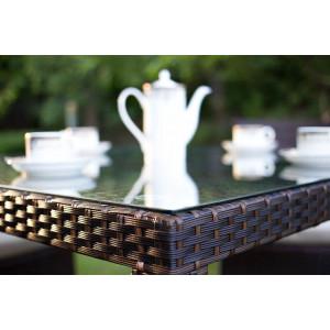 Плетеные обеденные столы из искусственного ротанга